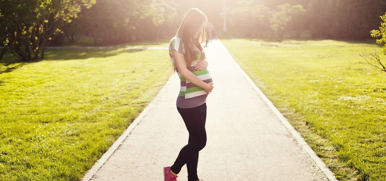 Motherhood in Pregnancy by Kate Taliaferro